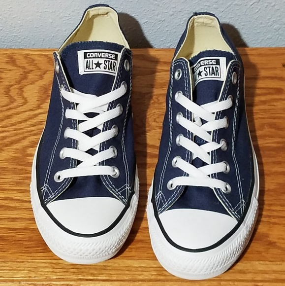 b96555d05440d6 Converse Shoes - Converse Chuck Taylor All Star Low Tops LIKE NEW